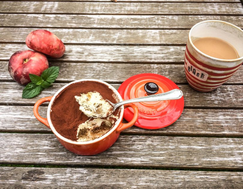 Tiramisu mit Kaffee und Amaretto