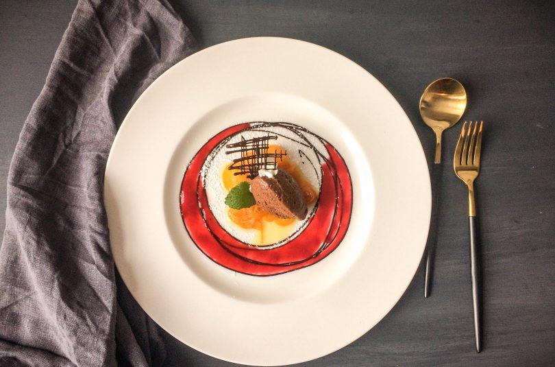 Mousse au chocolat mit Kaffee und Kardamom